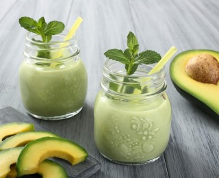 Avocado smoothie for a full body detox